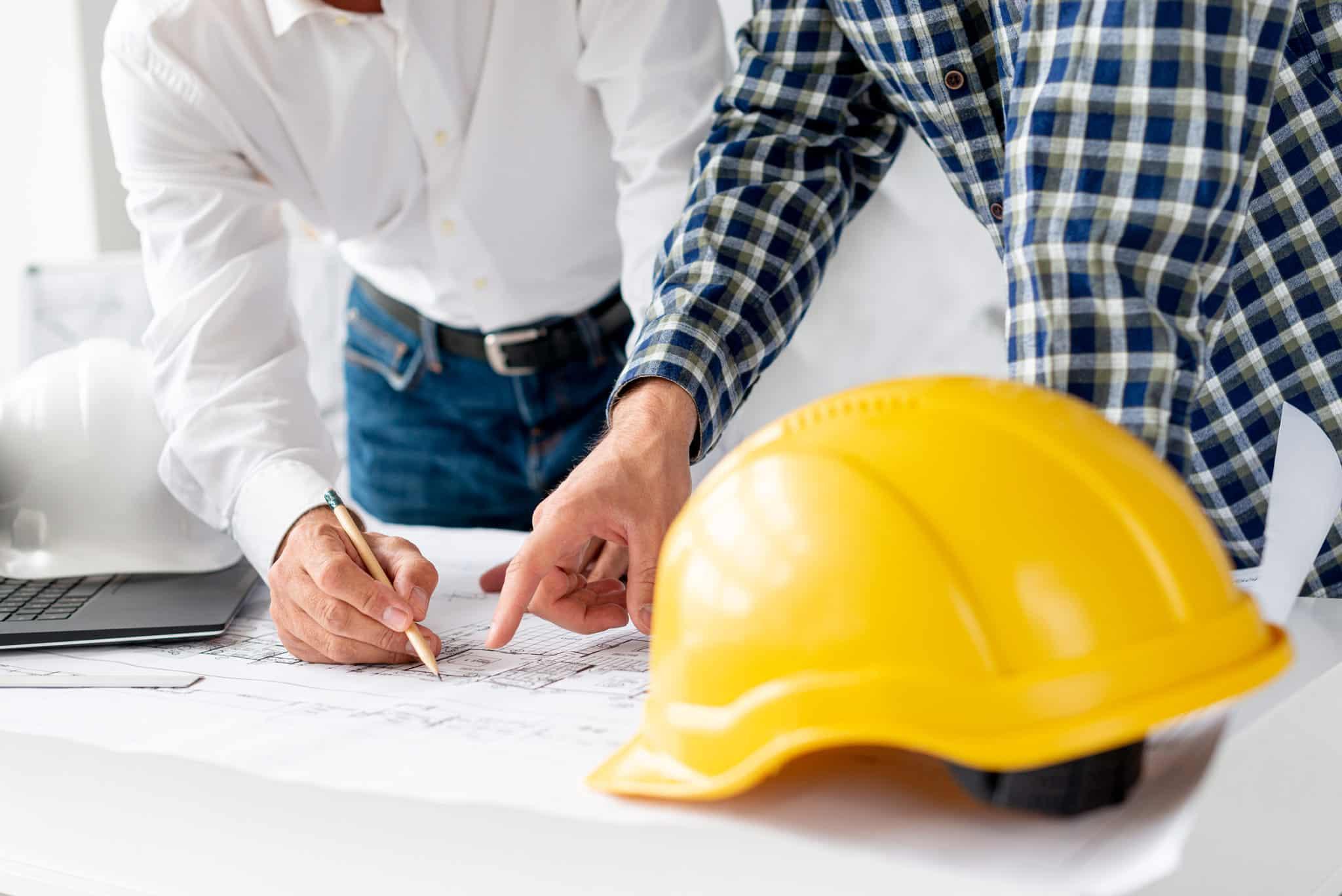 Besprechung für Reparatur- und Sanierungsarbeiten